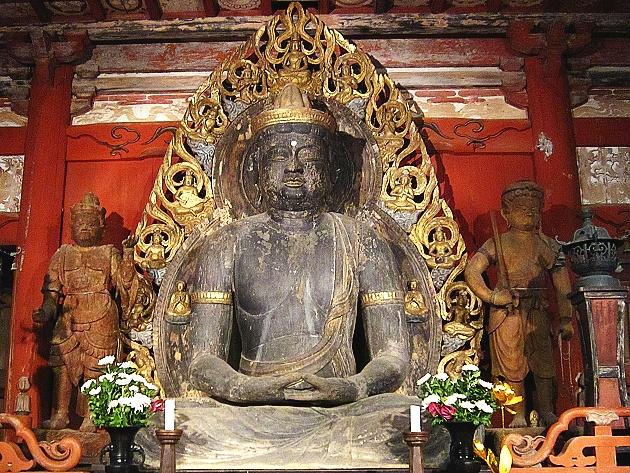 妙楽寺 大日如来坐像、不動明王立像()右)、毘沙門天立像(左)